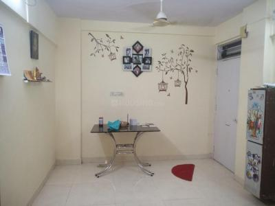 Gallery Cover Image of 560 Sq.ft 1 BHK Apartment for rent in Malad West for 20000