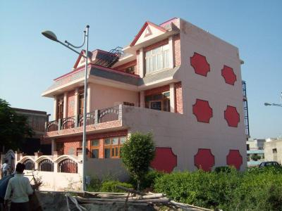 Gallery Cover Image of 180 Sq.ft 3 BHK Independent Floor for rent in NTPC Society for 12000