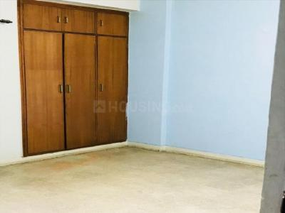 Gallery Cover Image of 2416 Sq.ft 3 BHK Apartment for rent in DLF Phase 3 for 47000
