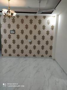 Gallery Cover Image of 900 Sq.ft 2 BHK Independent Floor for buy in Sector 3 for 3500001
