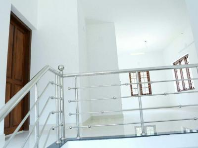 Gallery Cover Image of 3048 Sq.ft 3 BHK Villa for buy in Peelamedu for 7500000