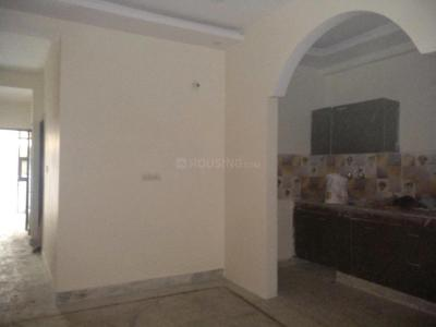 Gallery Cover Image of 750 Sq.ft 2 BHK Apartment for buy in Dayal Bagh Colony for 1800000