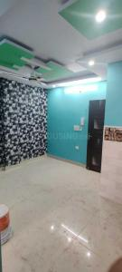 Gallery Cover Image of 500 Sq.ft 2 BHK Independent Floor for buy in Dwarka Mor for 2000000