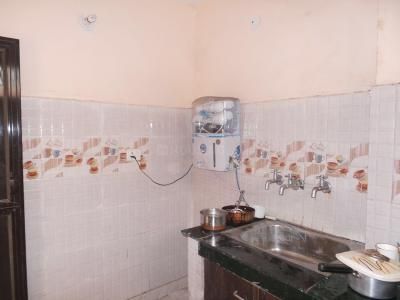 Kitchen Image of Prince Girls PG in Laxmi Nagar
