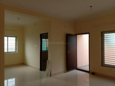 Gallery Cover Image of 1250 Sq.ft 4 BHK Independent Floor for rent in Chengalpattu for 15000