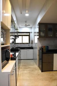 Gallery Cover Image of 3500 Sq.ft 4 BHK Apartment for buy in Ashtavinayak Kharghar One, Kharghar for 35000000