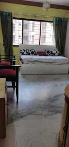 Gallery Cover Image of 635 Sq.ft 1 BHK Apartment for buy in Powai for 11200000
