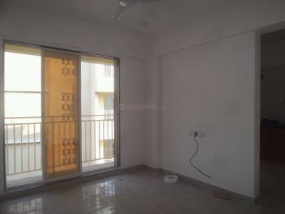 Gallery Cover Image of 435 Sq.ft 1 RK Apartment for rent in Vasai West for 8000