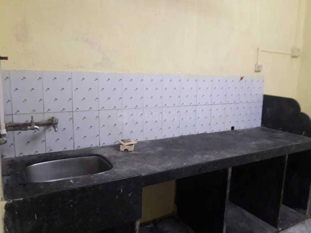 Kitchen Image of 650 Sq.ft 1 BHK Apartment for rent in Vikhroli East for 20000