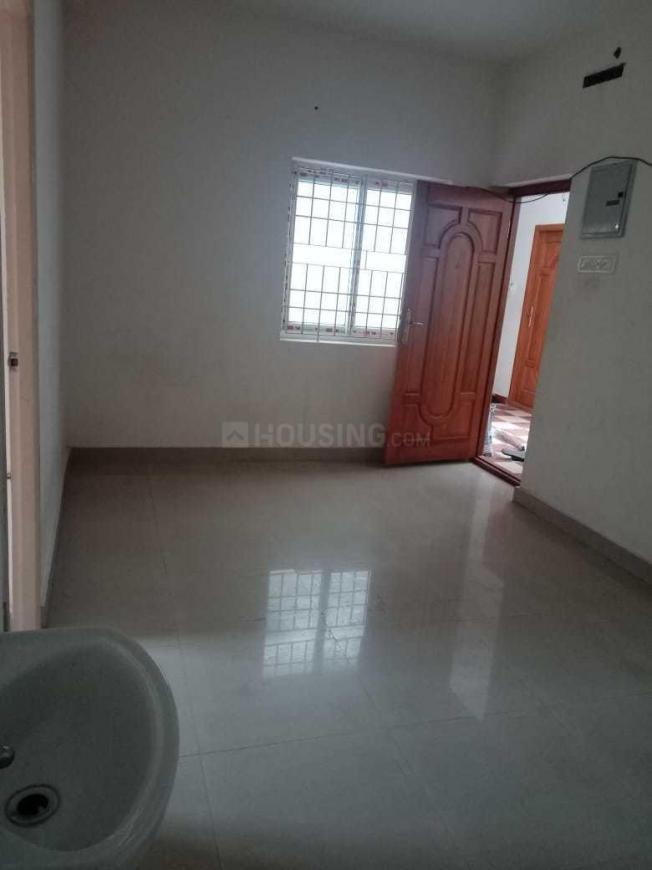 Living Room Image of 800 Sq.ft 2 BHK Apartment for rent in Guduvancheri for 5000