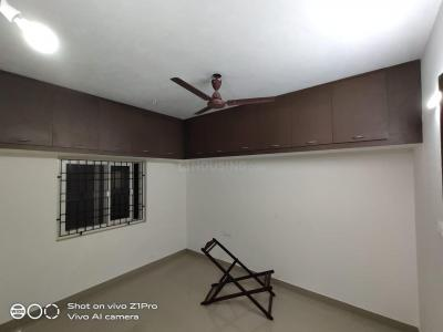 Gallery Cover Image of 1000 Sq.ft 2 BHK Apartment for rent in SSM Nagar, Perungalathur for 8500