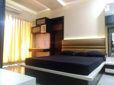 Gallery Cover Image of 1121 Sq.ft 2 BHK Apartment for rent in Kandivali East for 39500