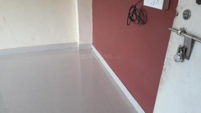 Gallery Cover Image of 350 Sq.ft 1 RK Apartment for rent in Thane West for 10000