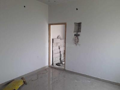 Gallery Cover Image of 658 Sq.ft 1 BHK Apartment for buy in Anakaputhur for 2303000