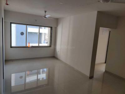 Gallery Cover Image of 750 Sq.ft 2 BHK Apartment for rent in Kush Sapphire, Andheri West for 35000