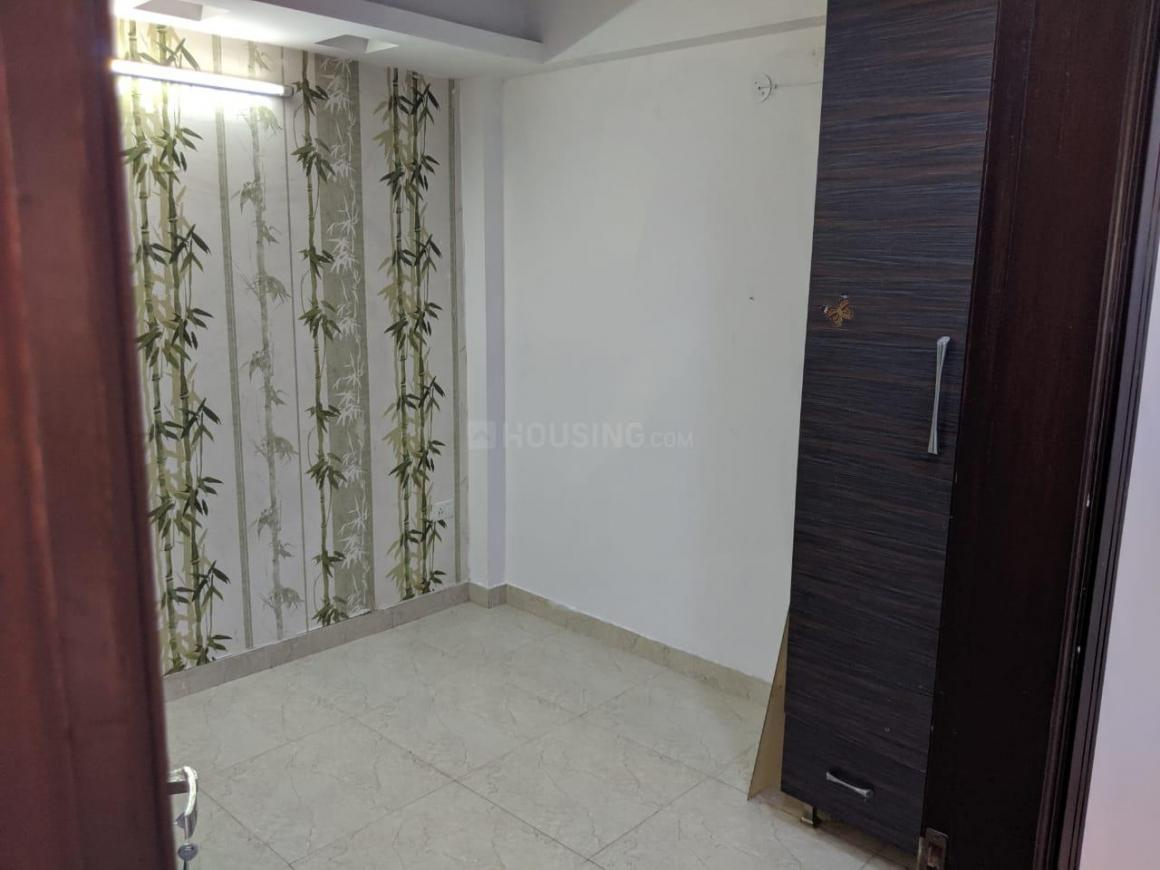 Bedroom Image of 740 Sq.ft 2 BHK Apartment for rent in Mahavir Enclave for 15000