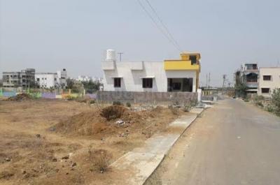 Gallery Cover Image of  Sq.ft Residential Plot for buy in Kelambakkam for 3300000