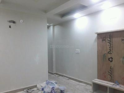 Gallery Cover Image of 850 Sq.ft 3 BHK Apartment for buy in Shahdara for 5300000