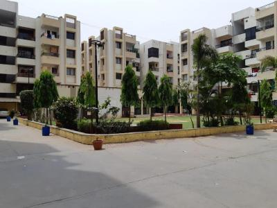 Gallery Cover Image of 1560 Sq.ft 3 BHK Apartment for rent in Bopal for 15000