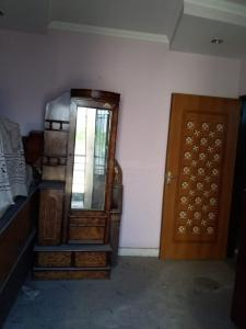 Gallery Cover Image of 900 Sq.ft 3 BHK Independent Floor for rent in Shahdara for 25000