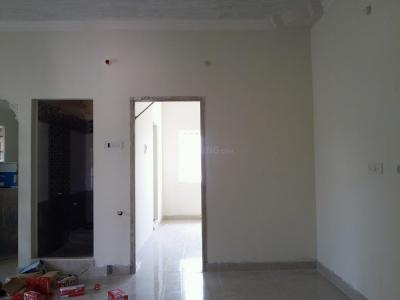 Gallery Cover Image of 732 Sq.ft 2 BHK Apartment for buy in Kolathur for 4300000