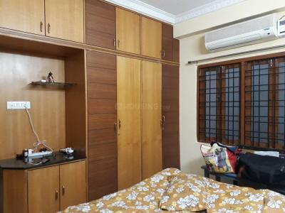 Gallery Cover Image of 1100 Sq.ft 2 BHK Apartment for rent in Serilingampally for 17000