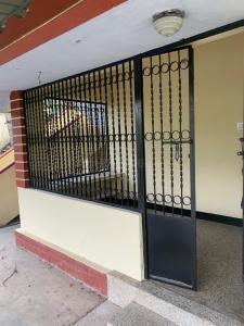 Gallery Cover Image of 1200 Sq.ft 2 BHK Villa for rent in Olavakode for 8500