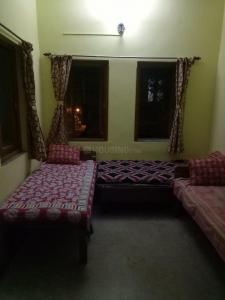 Gallery Cover Image of 100 Sq.ft 1 RK Independent House for rent in Dhakuria for 7000