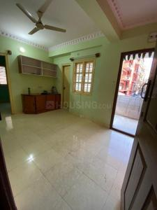 Gallery Cover Image of 650 Sq.ft 2 BHK Apartment for rent in S.G. Palya for 13000