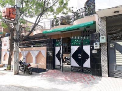 Gallery Cover Image of 3150 Sq.ft 4 BHK Independent House for buy in Sector 105 for 12300000
