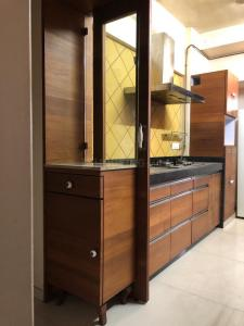 Kitchen Image of 2bhk Fully Furnished 15k/35k Dheeraj Dharshan Chs Pvt Ltd Opposite Jvlr Oberoi International School Andheri East Mumbai 400093 in Andheri East