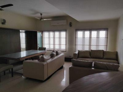 Gallery Cover Image of 2700 Sq.ft 3 BHK Apartment for rent in Kilpauk for 75000