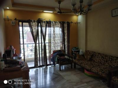 Gallery Cover Image of 750 Sq.ft 2 BHK Apartment for rent in Goregaon East for 32000