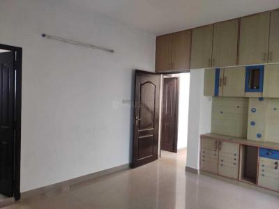 Gallery Cover Image of 1800 Sq.ft 4 BHK Villa for rent in Thoraipakkam for 30000