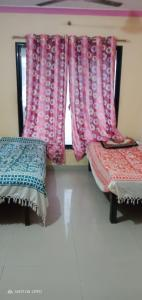 Bedroom Image of Shree Swami Samarth Accomodation PG in Airoli
