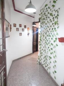 Gallery Cover Image of 1695 Sq.ft 3 BHK Apartment for rent in Amrapali Silicon City, Sector 76 for 26000