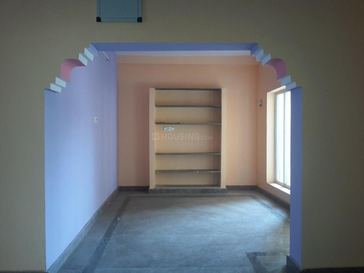 Living Room Image of 1000 Sq.ft 2 BHK Independent House for rent in Nagappa Industrial Estate for 15000