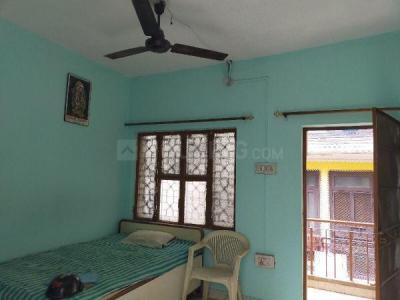 Gallery Cover Image of 320 Sq.ft 1 RK Independent Floor for rent in Dwarka Mor for 4500