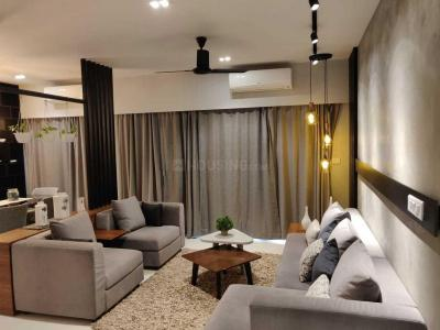 Gallery Cover Image of 1720 Sq.ft 3 BHK Apartment for buy in Thoraipakkam for 16000000