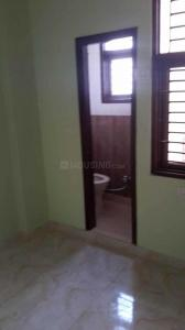 Gallery Cover Image of 495 Sq.ft 2 BHK Apartment for rent in Matiala for 8000