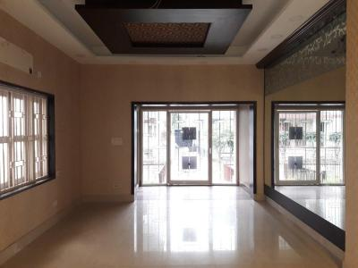 Gallery Cover Image of 4193 Sq.ft 8 BHK Independent House for buy in Salt Lake City for 35000000