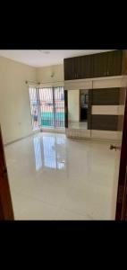 Gallery Cover Image of 2000 Sq.ft 3 BHK Apartment for rent in Macro Shamrock, Cooke Town for 60000