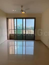 Gallery Cover Image of 634 Sq.ft 1 BHK Apartment for buy in Royal Oasis Phase II, Malad West for 10500000