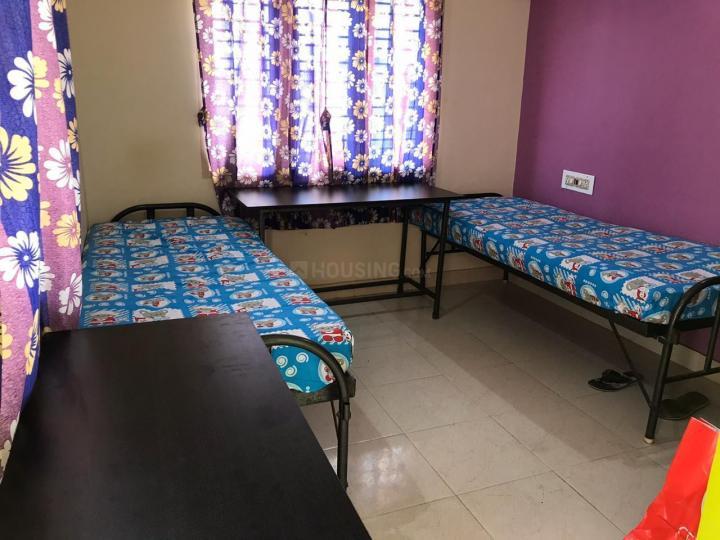गोत्तिगेरे में कुमार बॉइज़ पीजी के बेडरूम की तस्वीर