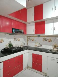 Gallery Cover Image of 1265 Sq.ft 3 BHK Independent Floor for buy in Dilshad Garden for 12000000