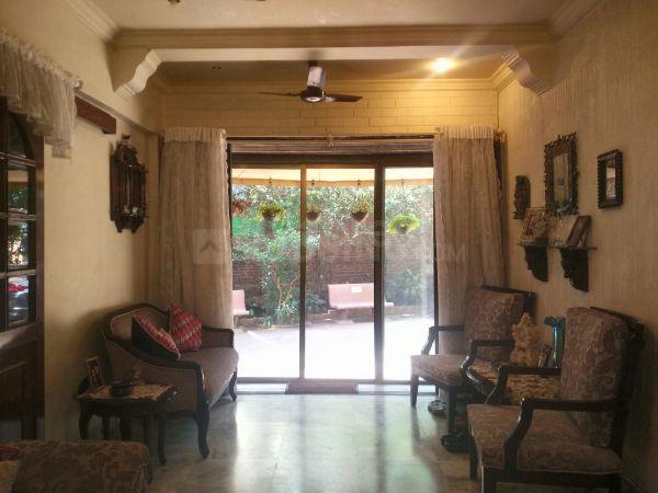 Living Room Image of 1174 Sq.ft 3 BHK Apartment for buy in Andheri West for 27000000