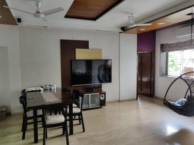 Gallery Cover Image of 1250 Sq.ft 3 BHK Apartment for buy in Juhu for 47000000