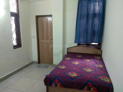 Gallery Cover Image of 1350 Sq.ft 3 BHK Independent Floor for rent in Plot No - 143, Gyan Khand for 16000