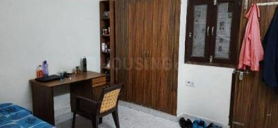 Bedroom Image of PG Near Delhi in Patel Nagar