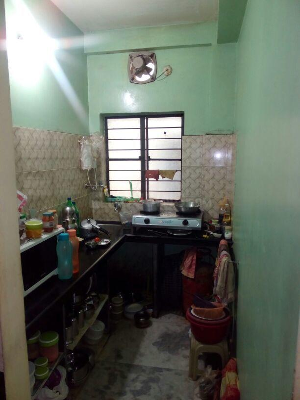 Kitchen Image of 710 Sq.ft 2 BHK Apartment for buy in Boral for 2000000